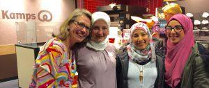 Syrische Flüchtlingsfrauen im Kamps-Café.