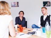 Düsseldorfer Flüchtlingsbeauftragte Miriam Koch im Interview mit ohfamoos